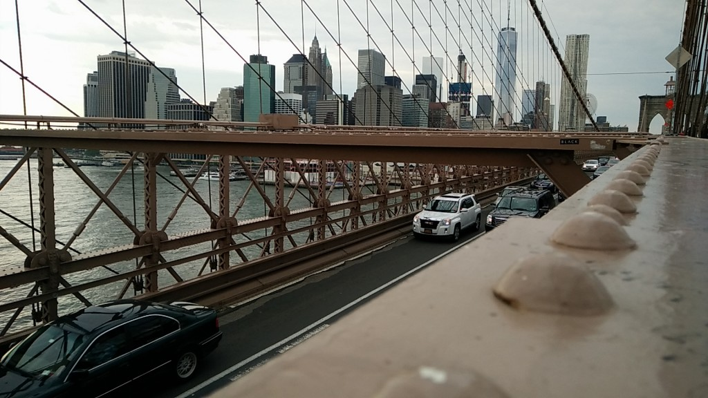 Brooklyn Bridge without yellow cab