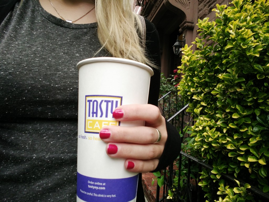 Big-sized coffee cup in New York