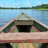 Bild eines Boots auf dem kolumbianischen Amazonas